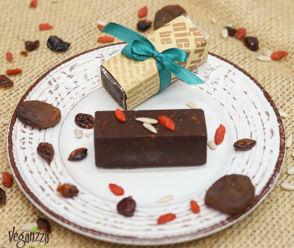 Baton de ciocolata raw